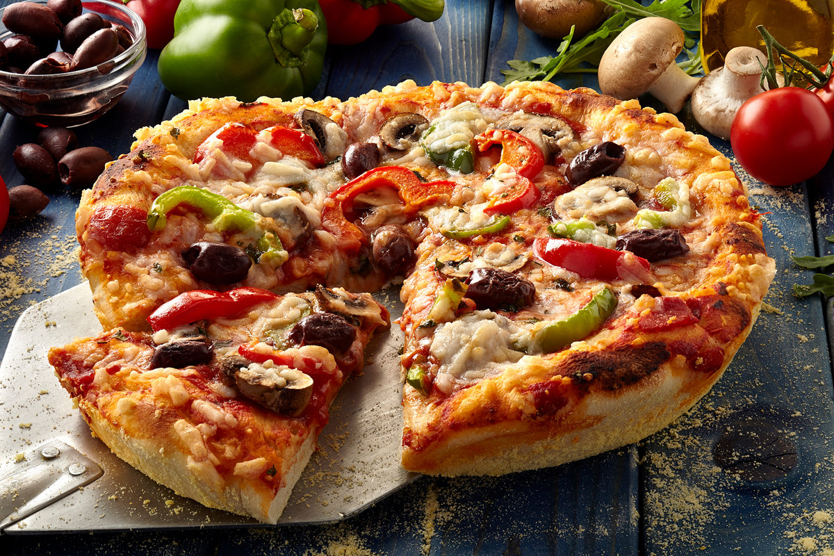 Пицца с цикадами? А почему бы и нет